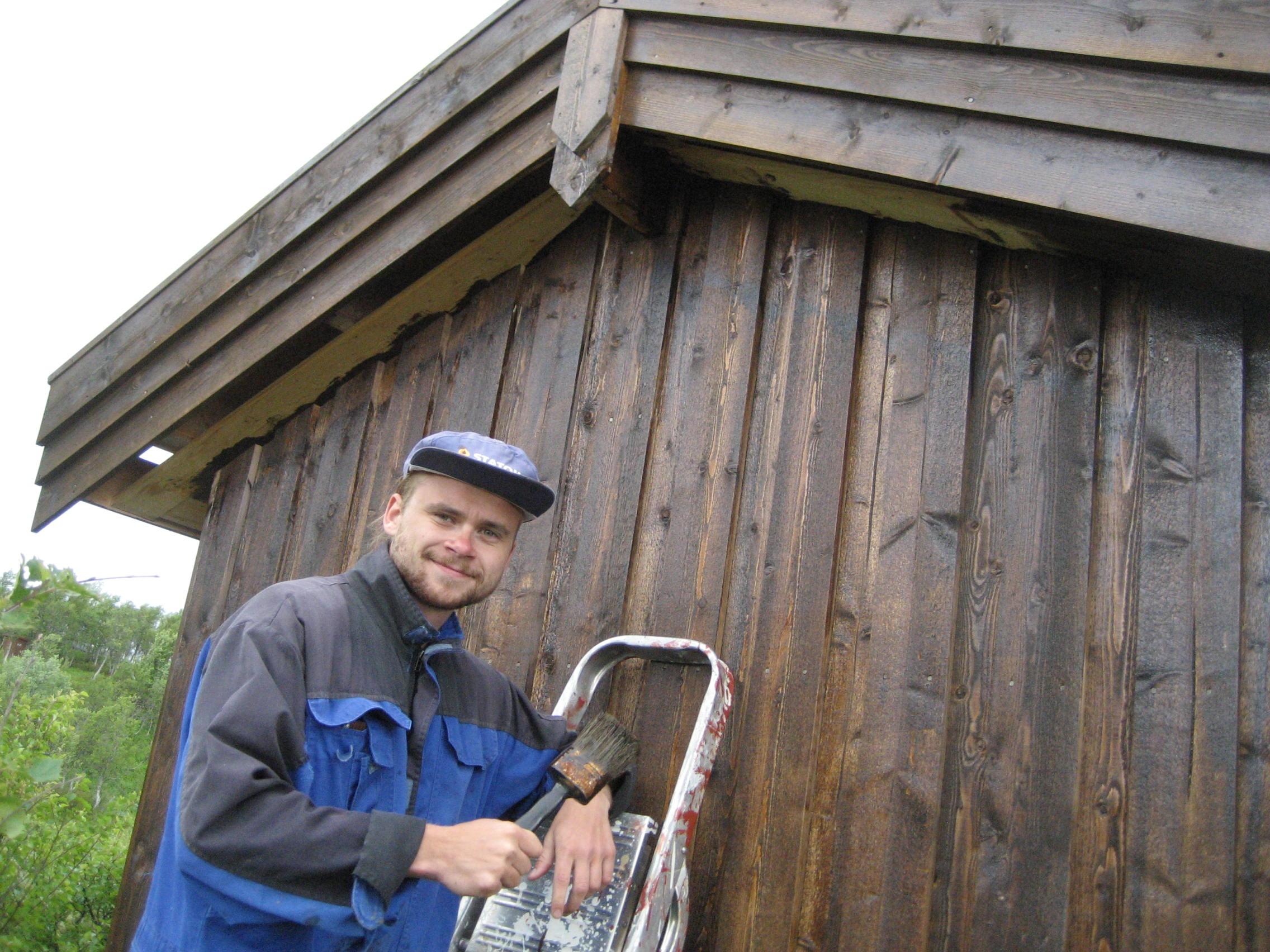 Lars beiser Hainntjønna hyttelags bod den 2.7.2016.